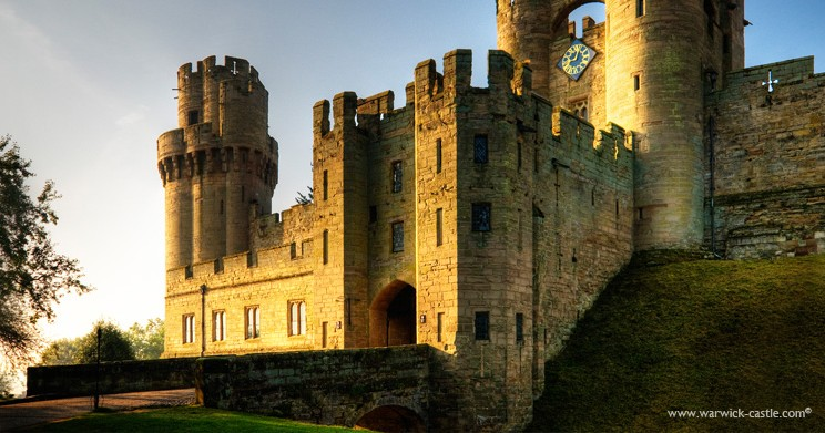 Experience the majesty of Warwick Castle: 33 miles / 50 mins